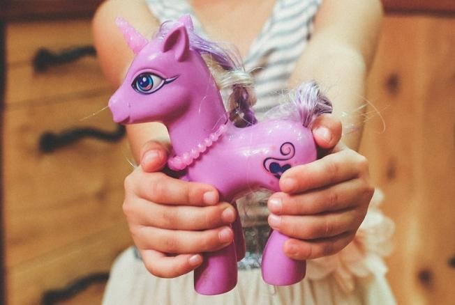 Сколько игрушек насамом деле нужно ребенку