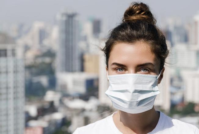 «Фейк всемирного масштаба»: академик РАМН развенчал миф о коронавирусе