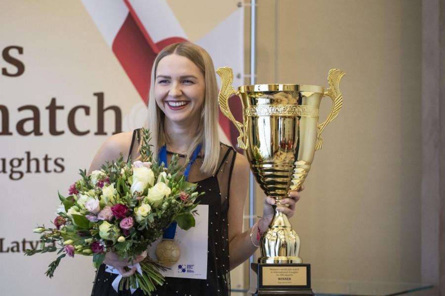 Наталья Садовска вовторой раз становится чемпионкой мира пошашкам.