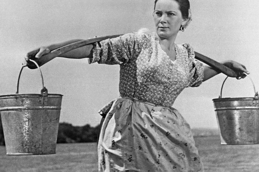 Элина Быстрицкая вфильме «Тихий Дон», 1958 год
