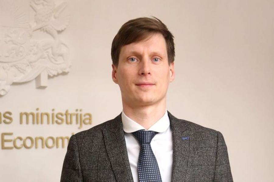 Министр экономики Латвии Ральф Немиро, фото LETA