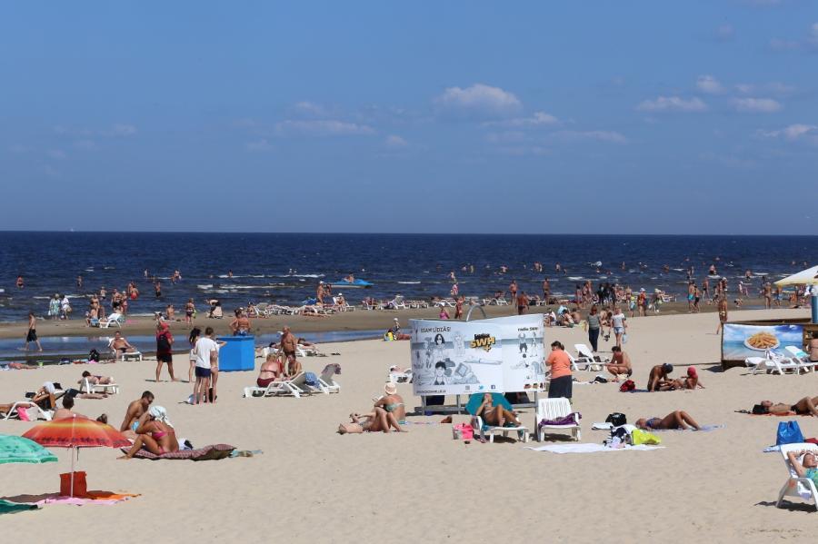 Пляж вкурортном городе Юрмала, фото LETA