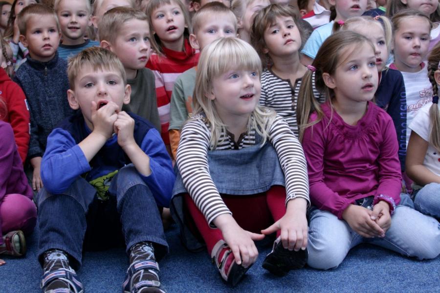 Русских детей в Риге будут сызмальства отучать от родной речи