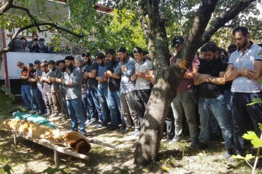 похороны Зелимхана вГрузии вПанкийском ущьлье