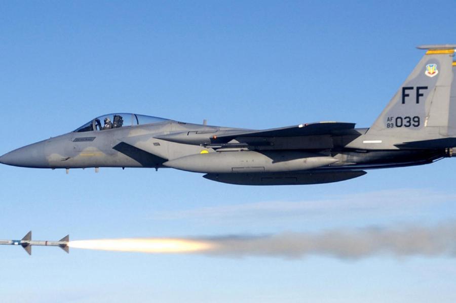 Истребитель F-15Фото: Alvinrune/wikimedia.org