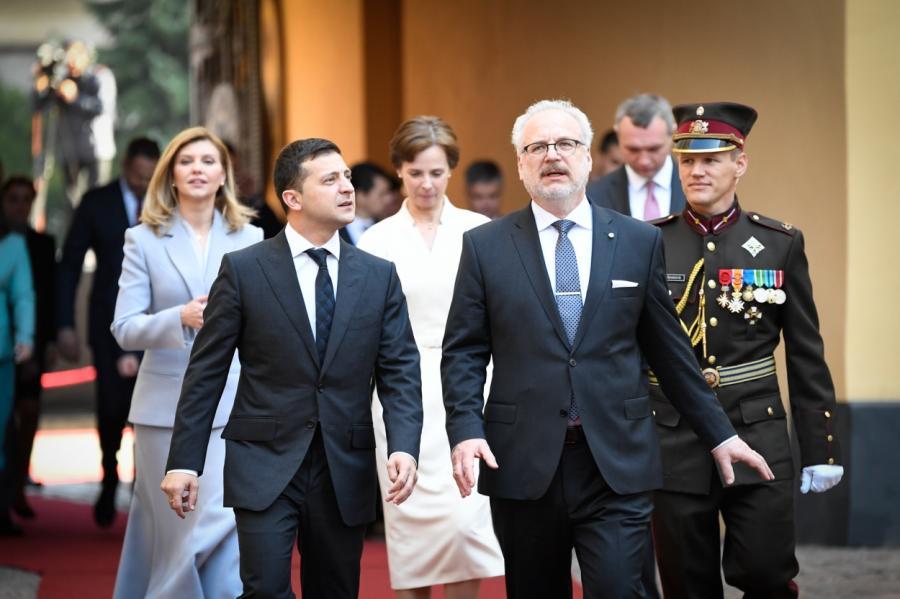Цветов и подарки в россии и украину