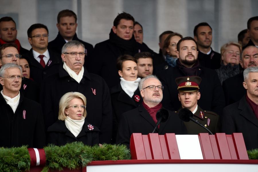 На военном параде 18 ноября в Латвии, фото LETA