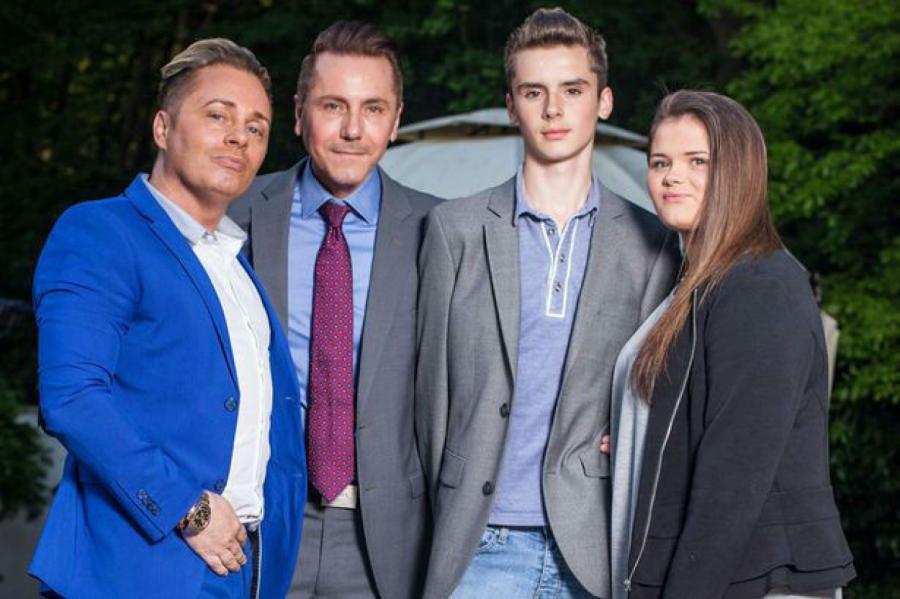 Барри и Тони с сыном Аспеном и дочерью Саффрон