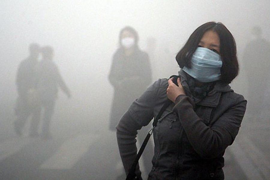 Иллюстративное фото. Грязный воздух из Китая может повредить лёгкие и жителей Латвии?