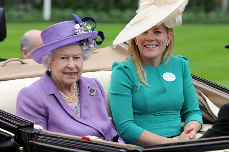 Королева Елизавета II и Отэм Келли