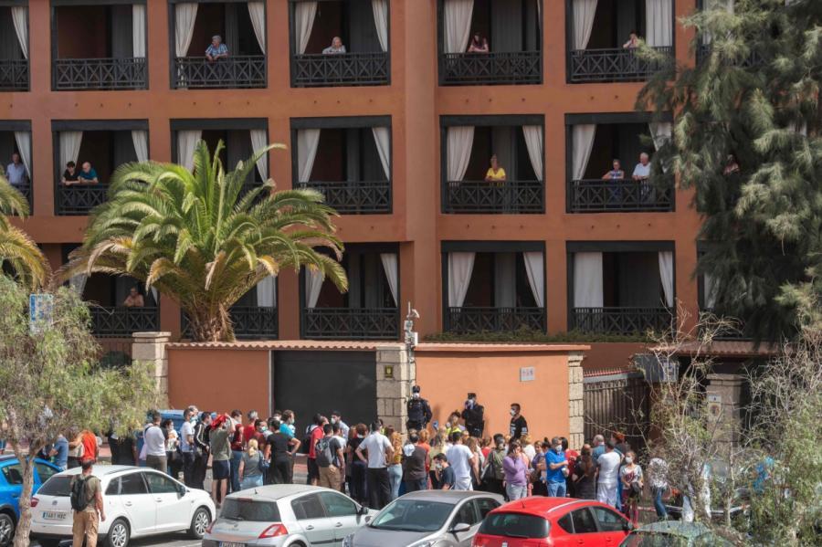 Закрытая гостиница H10 Costa Adeje Palace Hotel.