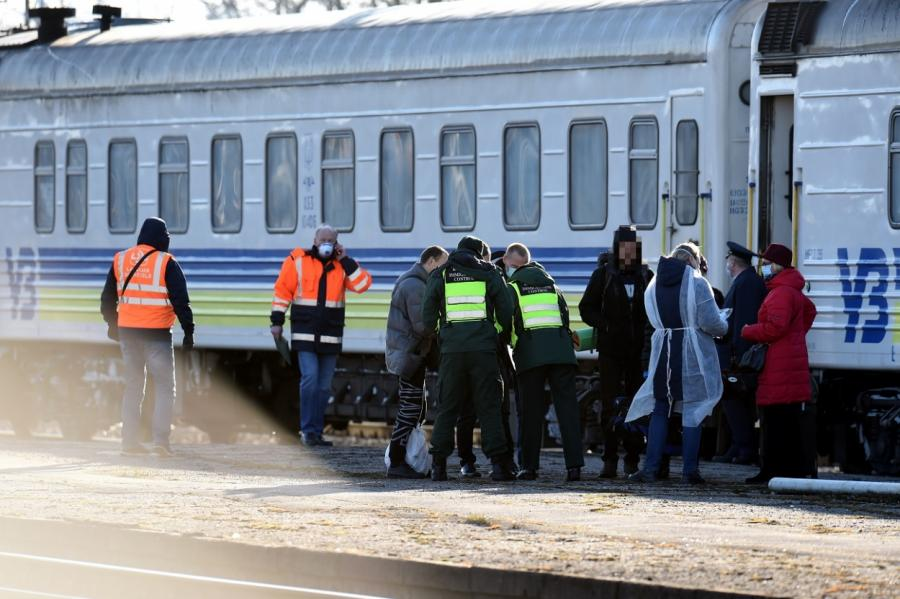 Отправление поезда из Риги.