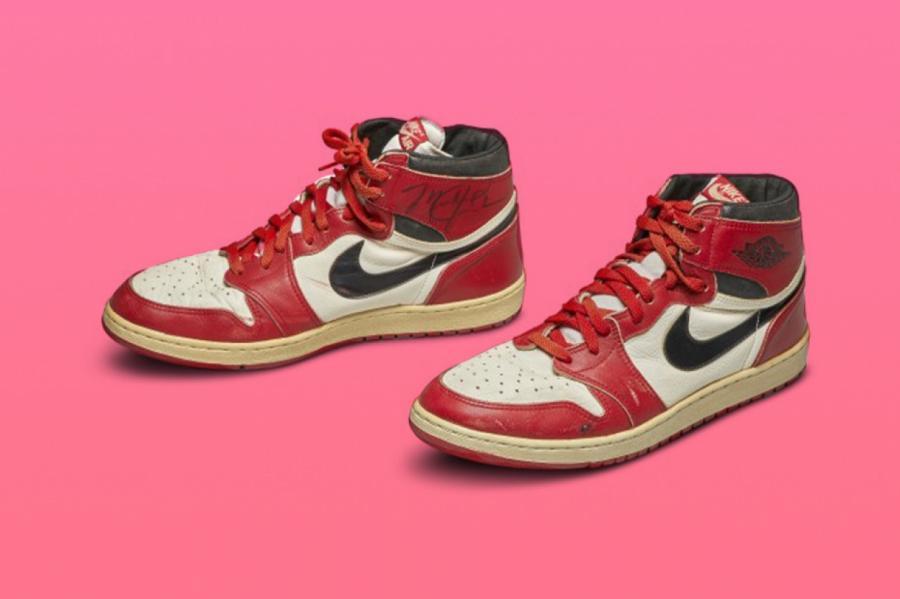 Кроссовки Nike Air Jordan 1 © SOTHEBYS.COM