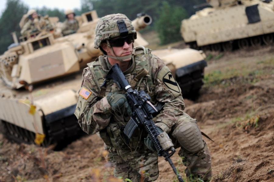 Американскими танками и танкистами в Адажи жителей Латвии уже давно не удивишь.