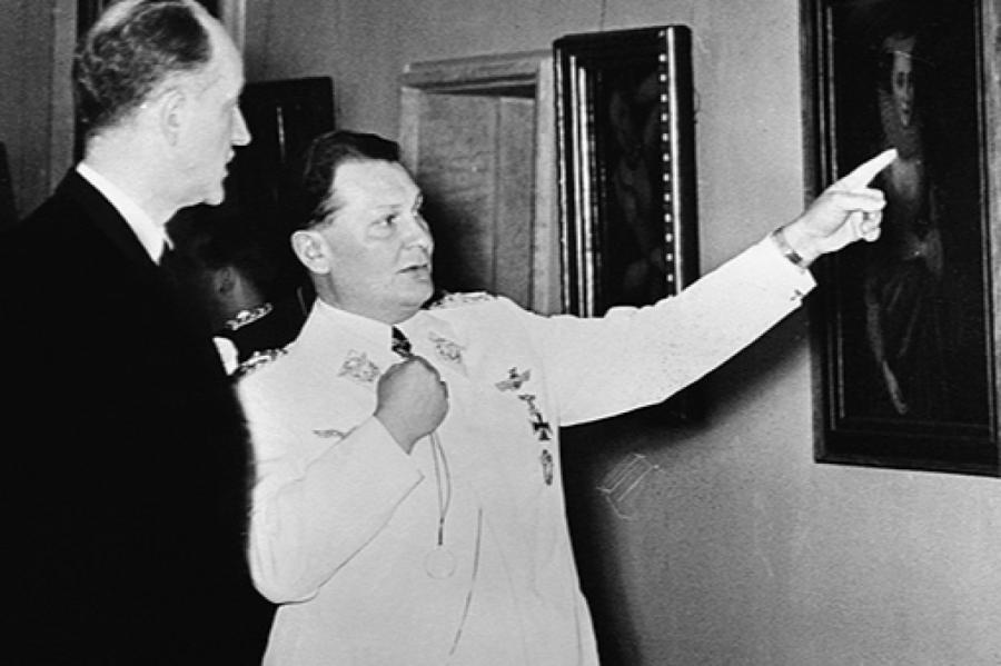 Герман Геринг встречает гостя из Вашингтона — Сэмнера Уэллеса.