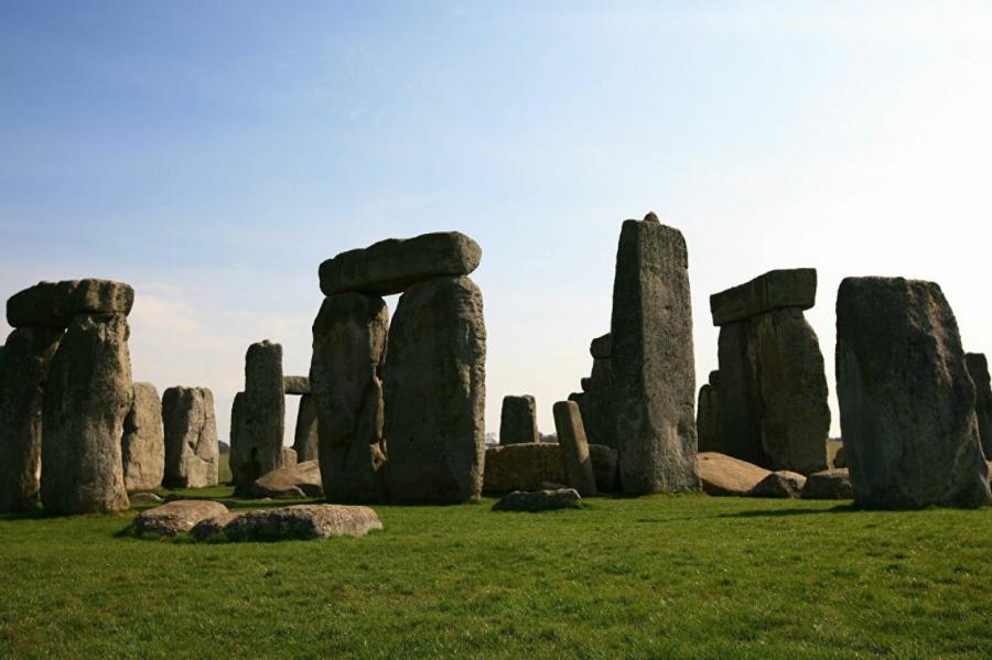 CC BY 2.0 / LASZLO ILYES / Stonehenge Rocks!