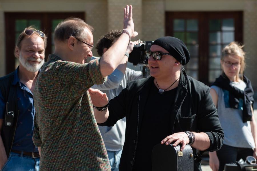 Режиссер Алексей Рыбин и исполнитель главной роли Николай Фоменко понимают друг друга с полуслова.