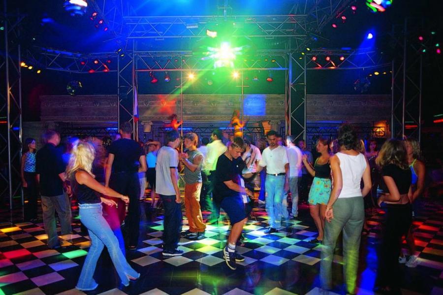 Латвия ночные клубы ночные клубы екб