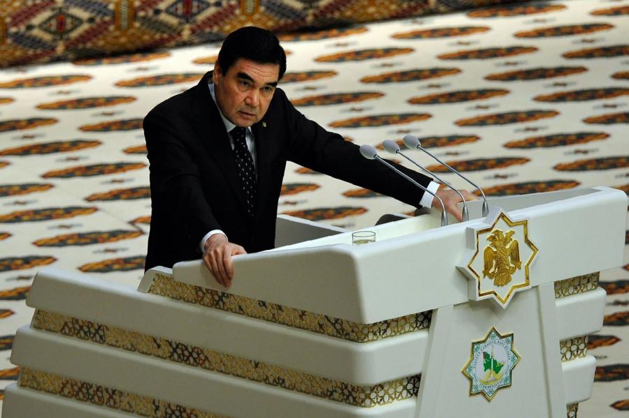 Гурбангулы Мяликгулыевич Бердымухамедов правит страной с 2007 года.