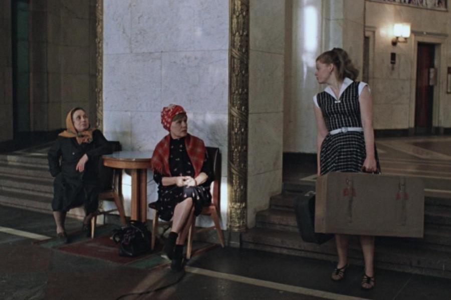 Кадр из фильма «Москва слезам не верит»  KINOPOISK.RU