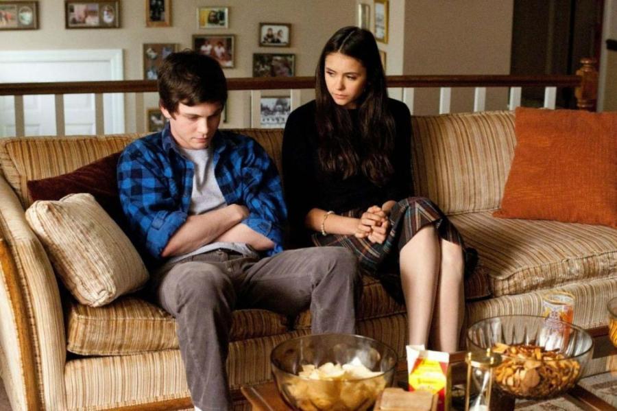 Кадр из фильма «Хорошо быть тихоней»  KINOPOISK.RU