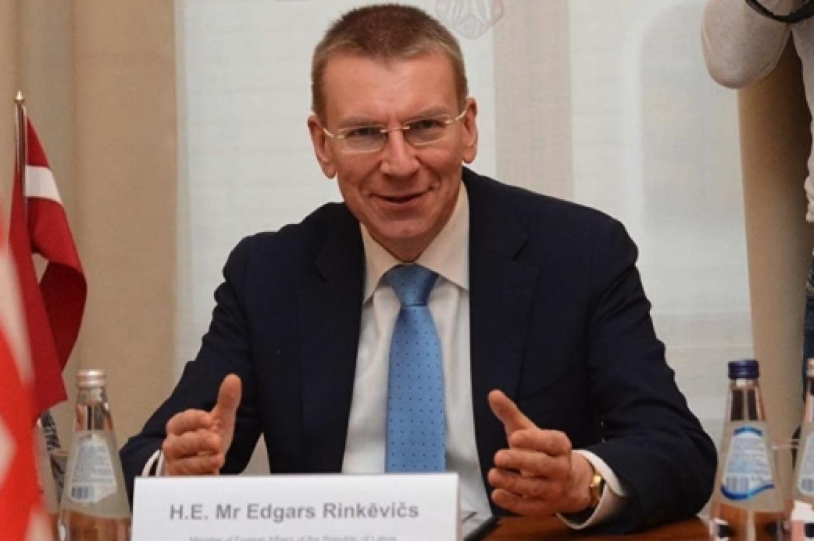Глава латвийского МИДа Эдгарс Ринкевичс поддержал слова Папы Римского об однополых союзах, иллюстративное фото, LETA