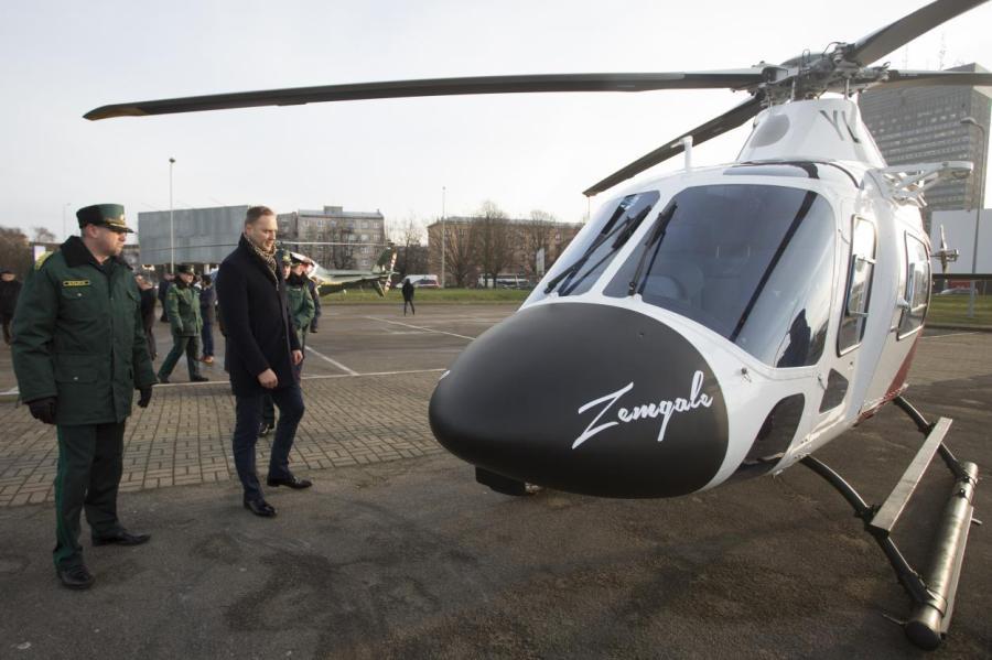 Министр сможет контролировать стройки с именного вертолета Zemgale.