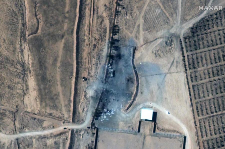 Спутниковый снимок последствий удара,