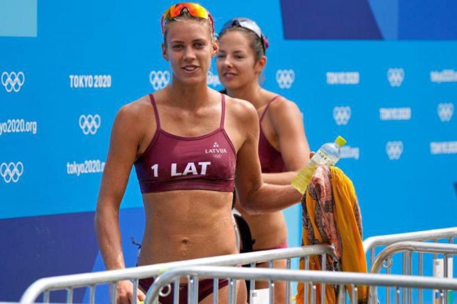 Тина Граудиня и Анастасия Кравченок начинают олимпийский турнир в Токио с поражения от американок.
