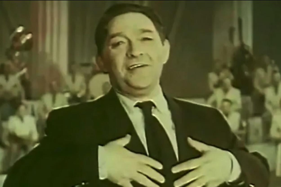 """Кадр из фильма """"Весёлые звёзды"""" (1954)"""