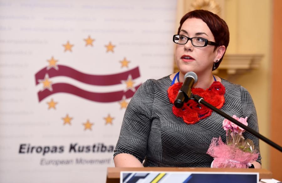 Преподаватель латышского языка илитературы Государственной Агенскалнской гимназии Ивета Ратиника.