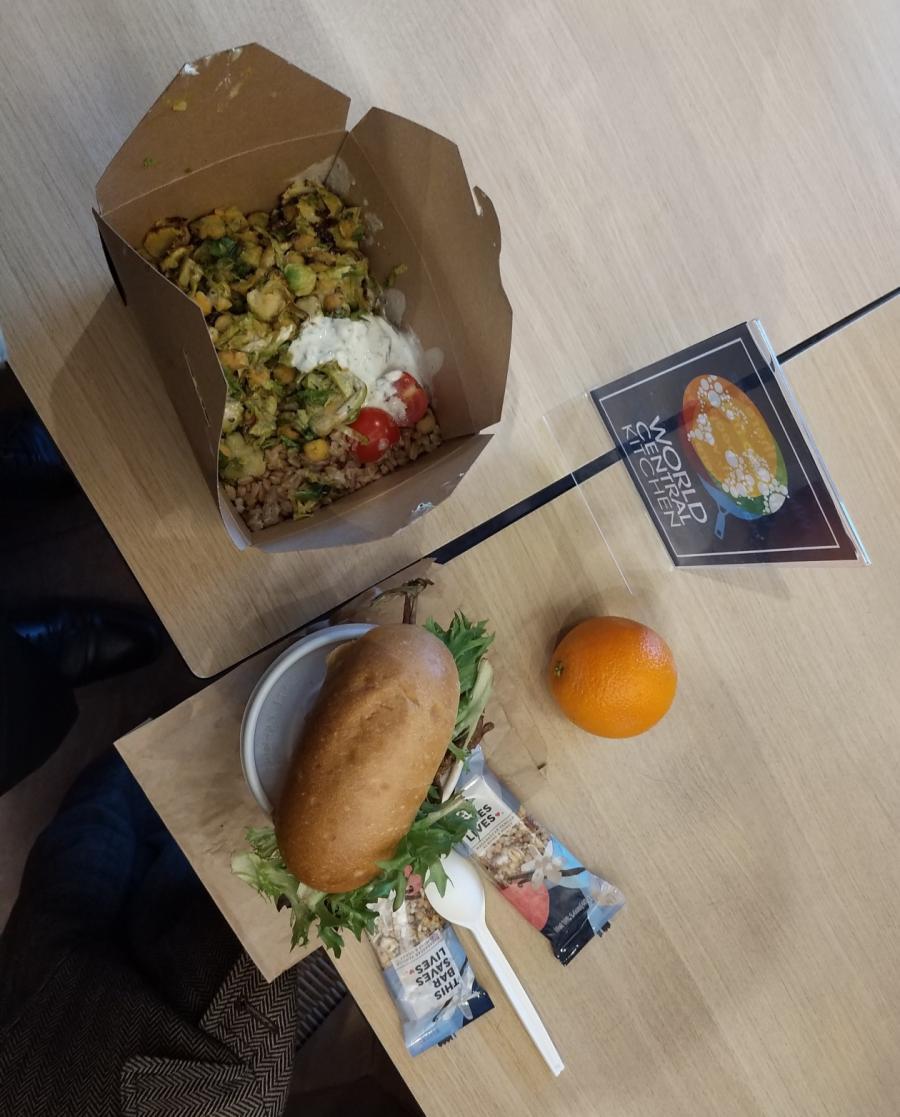 Бесплатный обед американского чиновника.