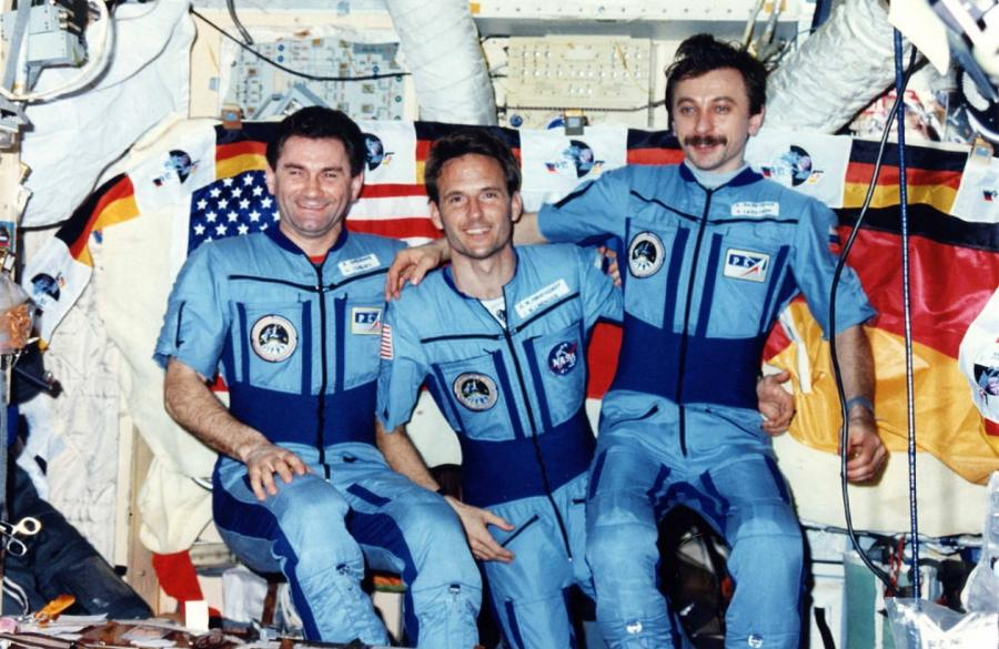 Василий Циблиев, Джерри Линенджер иАлександр Лазуткин. Фото Roscosmos-NASA.