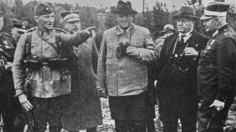 Президента Улманиса агент Смелый изобразил трусом.