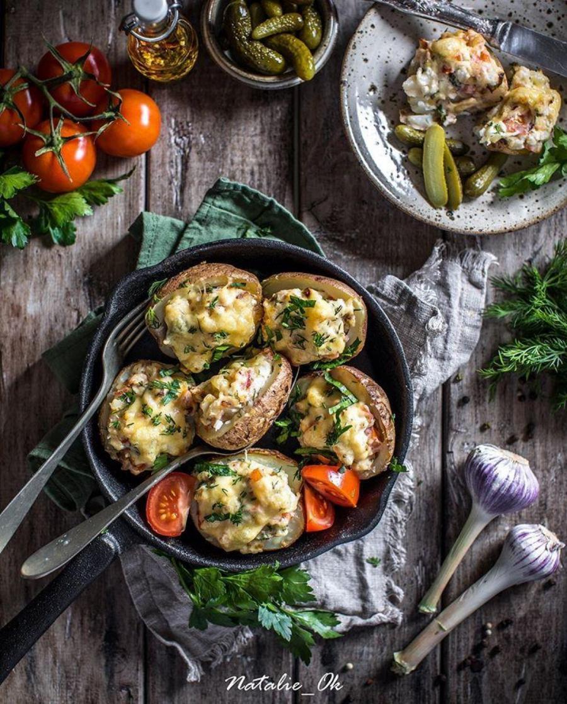 Картофель с сочной начинкой