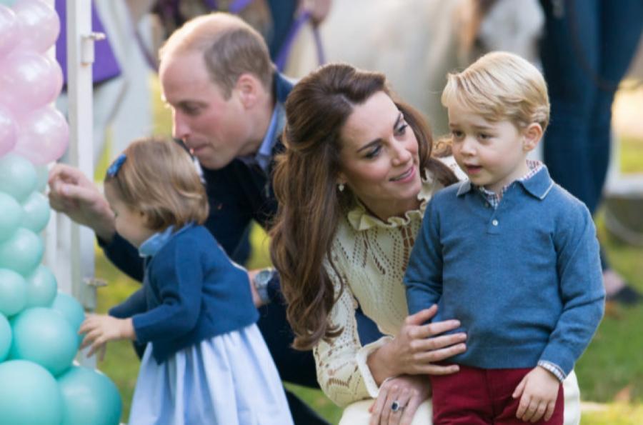 Принцесса Шарлотта, принц Уильям, Кейт Миддлтон и принц Джордж  фото: Getty Images