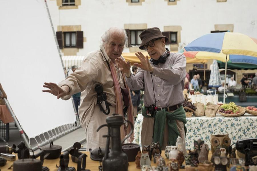 Витторио Стораро и Вуди Аллен на съемках фильма «Фестиваль Рифкина»  IMDB