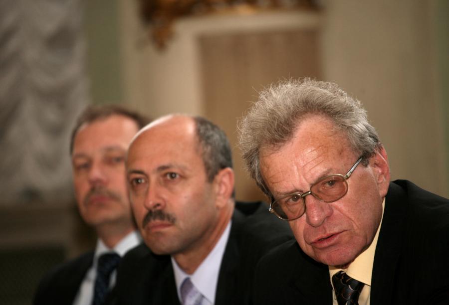 Сергей Долгополов и Олег Буров во время работы в столичном самоуправлении в 2010 году.