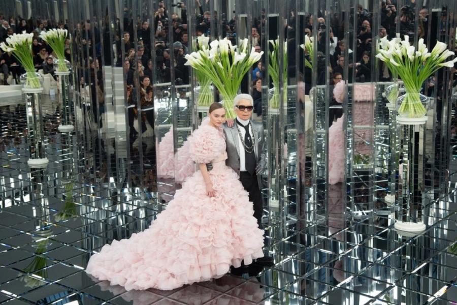 Карл Лагерфельд и Лили-Роуз Депп,    Фото: Getty Images