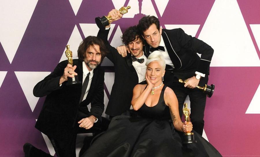 Эндрю Уайат, Энтони Россомандо, Леди Гага и Марк Ронсон после 91-й церемонии «Оскар» https://www.vogue.ru/
