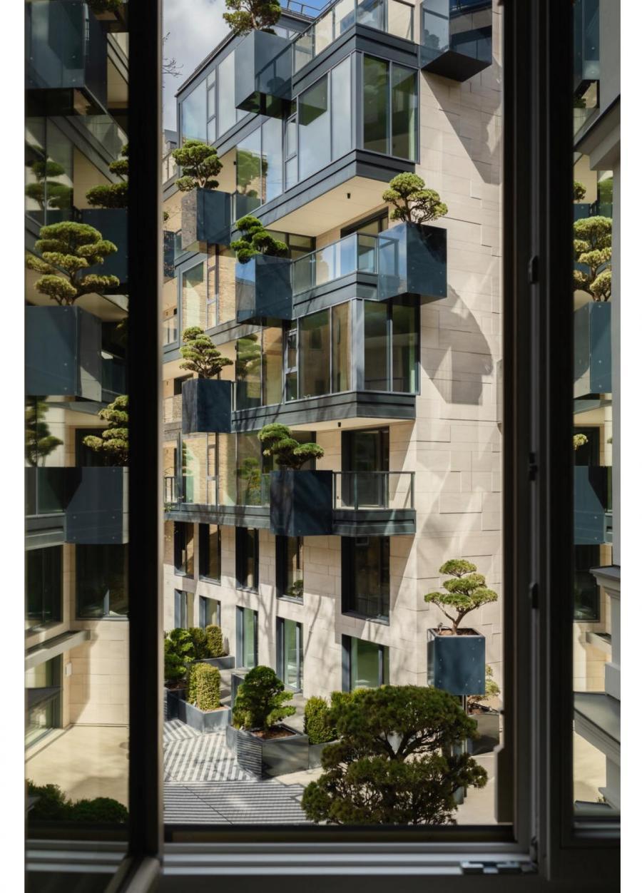 HOFT, вид из окна на внутренний двор